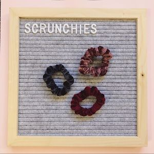 Accessories - Pack of three velour scrunchies
